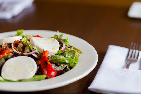 Pomodoro Pizzeria & Trattoria: The Mark Anthony: Mozzarella, olives, artichokes, peppers, onions, tomatoes, bacon, & mushrooms