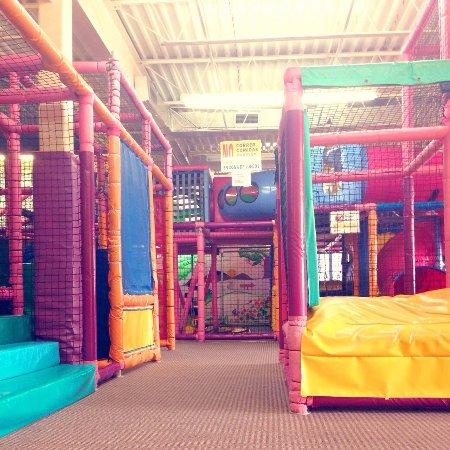Bayamon, Puerto Rico: Area de Juegos