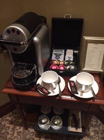 Bushypark, Irlandia: in room coffee station