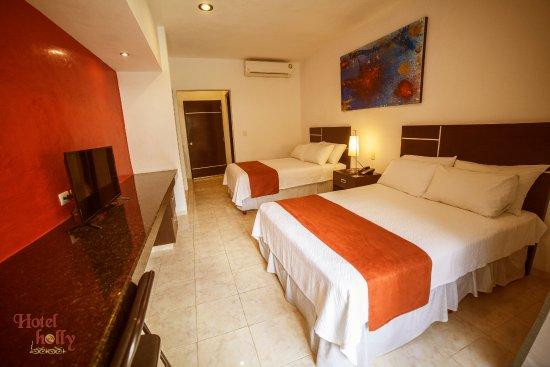 Hotel Holly: Habitación Superior con 2 camas matrimoniales.