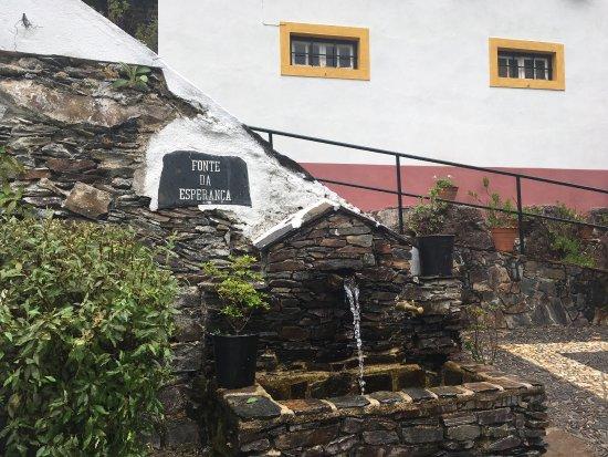 Lousa, Portugal: Simplesmente Lindo!