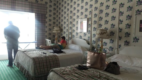 Grand Hotel: Basic room w balcony