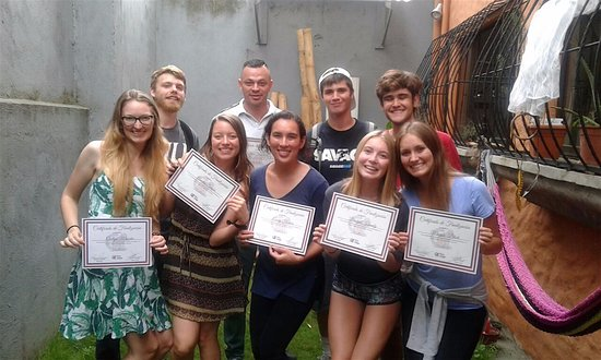 Heredia, Costa Rica: Five Tico Lingo students graduate from a four week program! Always sad to say goodbye... :)