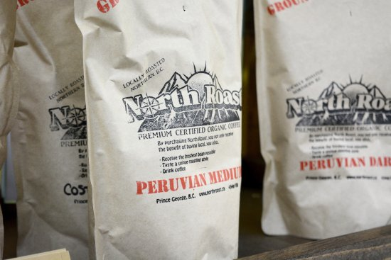 Prince George, Kanada: Locally roasted certified organic coffee, available as whole beans or grounds.