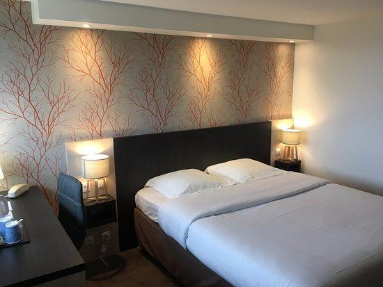 Hotel kyriad lisieux france voir les tarifs 22 avis for Prix chambre kyriad