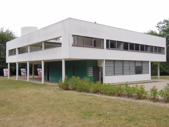 Poissy, France: villa
