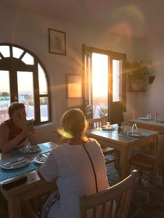 Finikia Restaurant: photo0.jpg