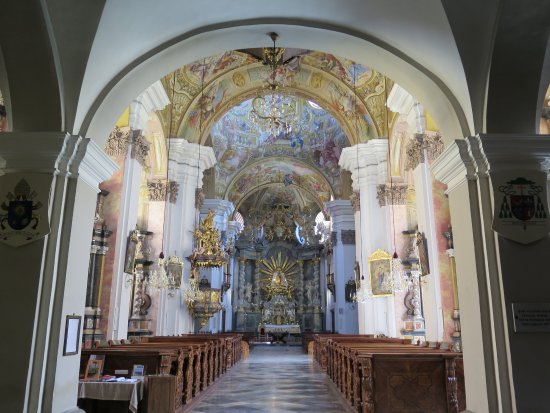 Basilika Mariatrost: Nádherný interiér