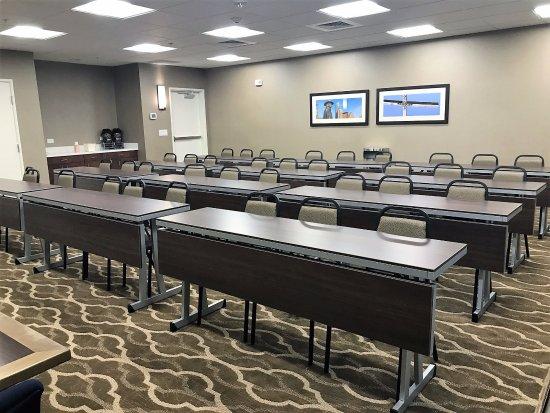 Kyle, TX: Meeting Room