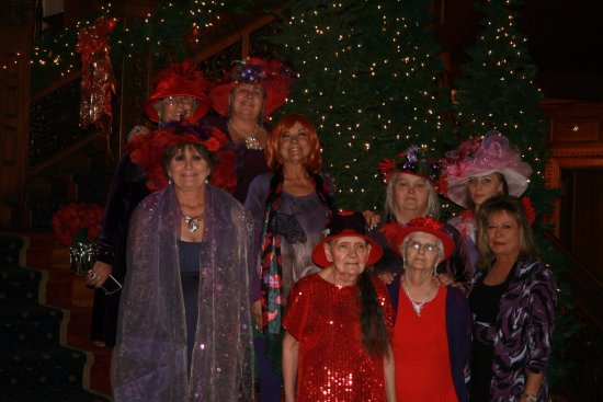 Tippecanoe Place Restaurant: These are some of the ladies in my Red Hat Society chapter enjoying a Christmas Brunch