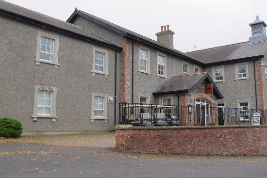 Craigavon, UK: Restaurant and Golf Club entrance.