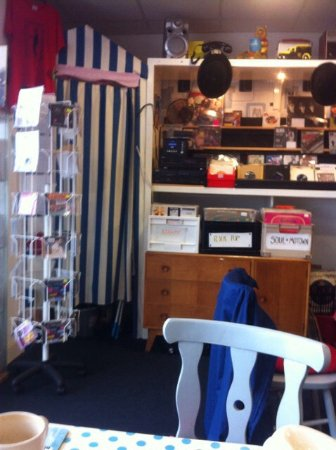 The View Cafe and Vintage Music: photo0.jpg