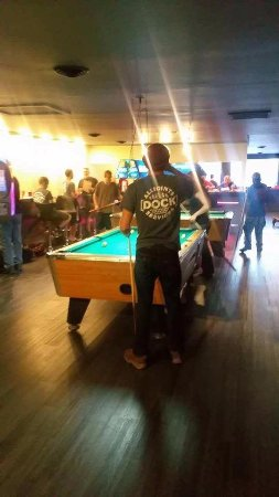 Bridgton, ME: Pool tables, darts, arcade, come with friends or make new ones here!