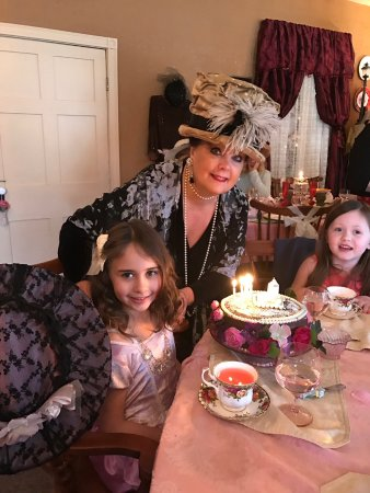 Bellwood, PA: Owner Pamela Wertman with the birthday lady!