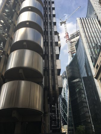 Lloyds of London: photo2.jpg