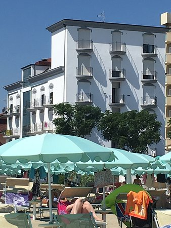 Emilia Hotel: photo0.jpg