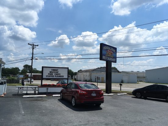 Federalsburg, MD: First photo is the restaurant sign and a Ruben sandwich.