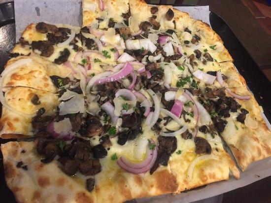 Excelsior, Миннесота: Fongo pizza