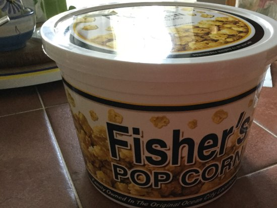 Fisher's Popcorn: A small tub