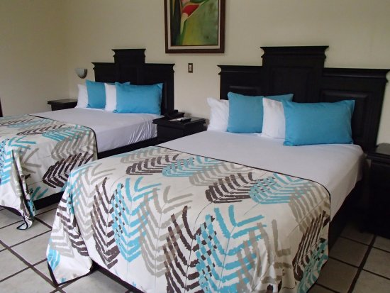 Arenal Manoa Hotel: Our room