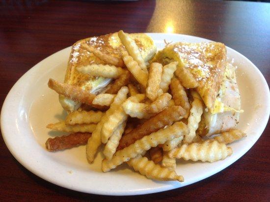 Toutle, WA: Turkey Sandwich