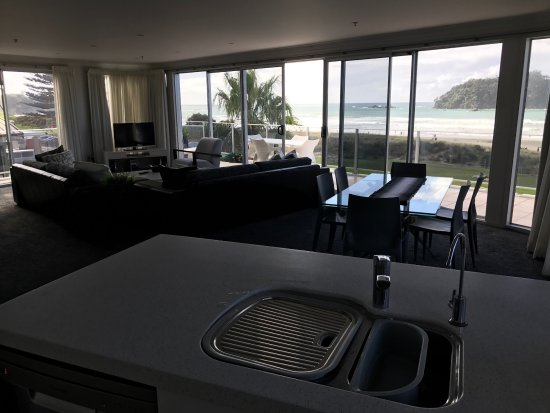 Belle Mer Beachfront Apartments: This is the Penthouse view.