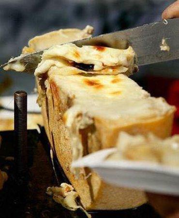 La Fondue: Raclette