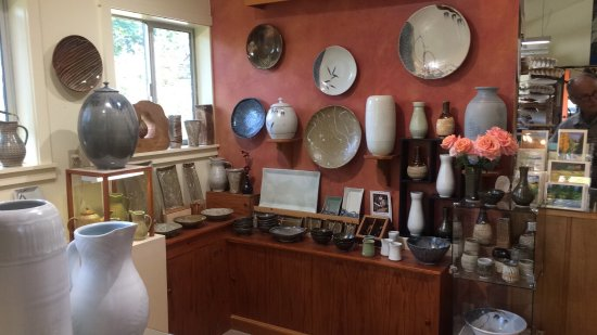 Another visit to Jerry Weatherman's pottery studio in Olga!