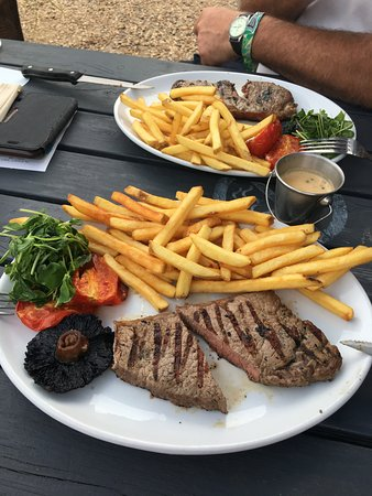 Eaton Socon, UK: Poorly cooked medium rare steak