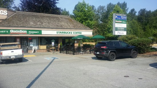Coquitlam, Canada: Tucked away in the NW corner of Eagle Ridge Plaza