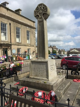 Leyburn War Memorial