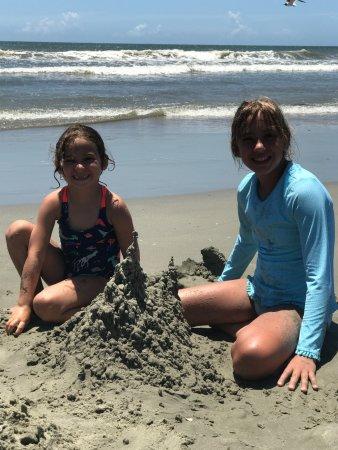 Wild Dunes Resort: low tide leaves tons of beach