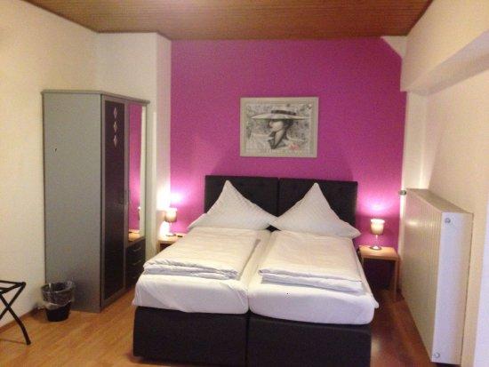 City apart hotel d sseldorf n metorsz g rt kel sek for Appart hotel dusseldorf