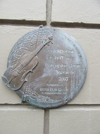 Ennis, Irland: award for pub
