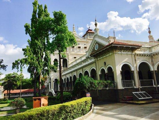Aga Khan Palace: photo0.jpg