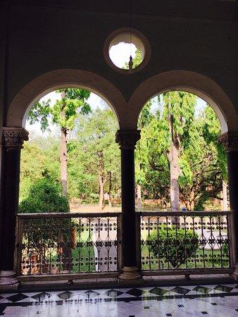 Aga Khan Palace: photo2.jpg