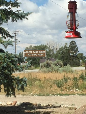 Fort Garland, Kolorado: We are 9 miles from the turn off from Hwy 160, to go up to the Dunes.