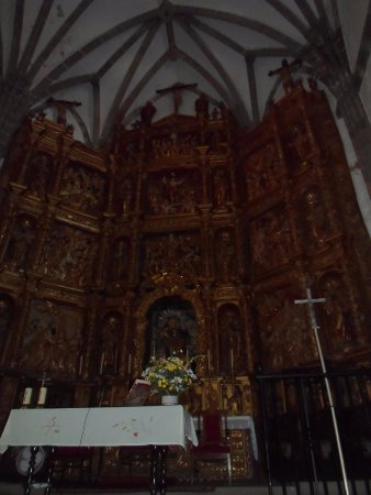 Casa Solariega de la Familia Peche: retablo santa ana