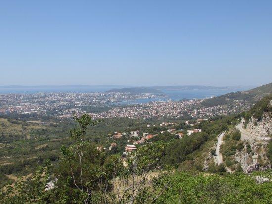 Klis, Croatia: Widok na Split.