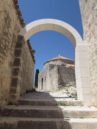Klis, Croatia: Kościół na szczycie zamczyska.