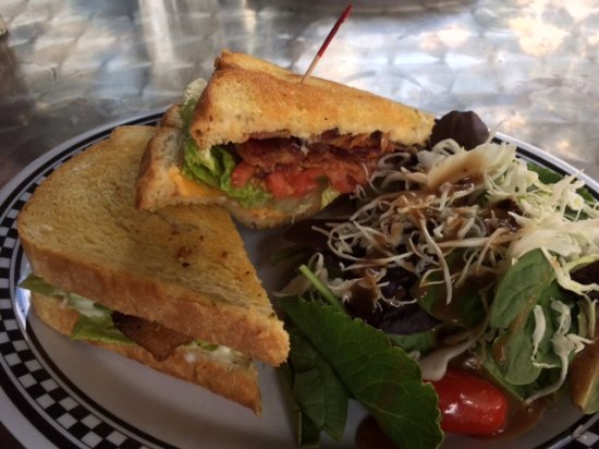 Trinidad, CO: BLT with cheddar cheese