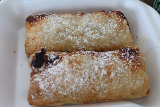 South Hill, Anguila: Apple Turnovers