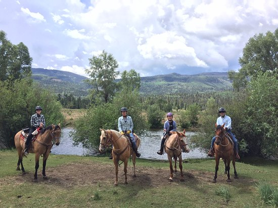 Rainbow Trout Ranch: Family ride