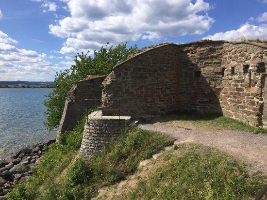 Näs slottsruin