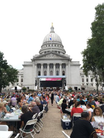 Wisconsin State Capitol: photo0.jpg