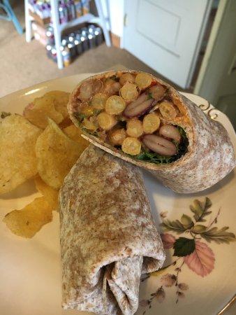 Mixed bean & hummus wrap