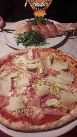 Restaurant Pizzeria Gaston: Pizza 4 stagioni