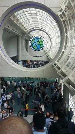 San Diego Convention Center : Esri UC paticipents