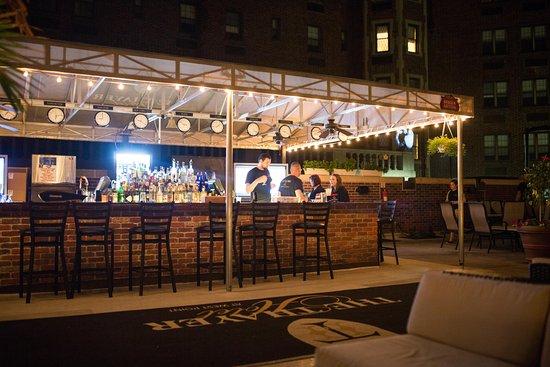 Zulu Time Rooftop Lounge:  Zulu Time