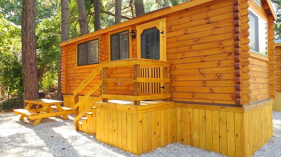 Anvil Campground: Amish made log cabins added in 2017!